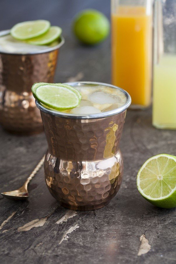 six-alcohol-free cocktails-to-make-at -home-mango-mule